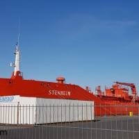 Stenheim við bryggju í Hafnarfirði