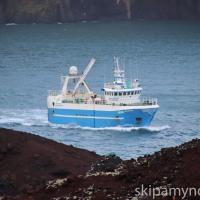 Drangavík á útleið - Myndasyrpa
